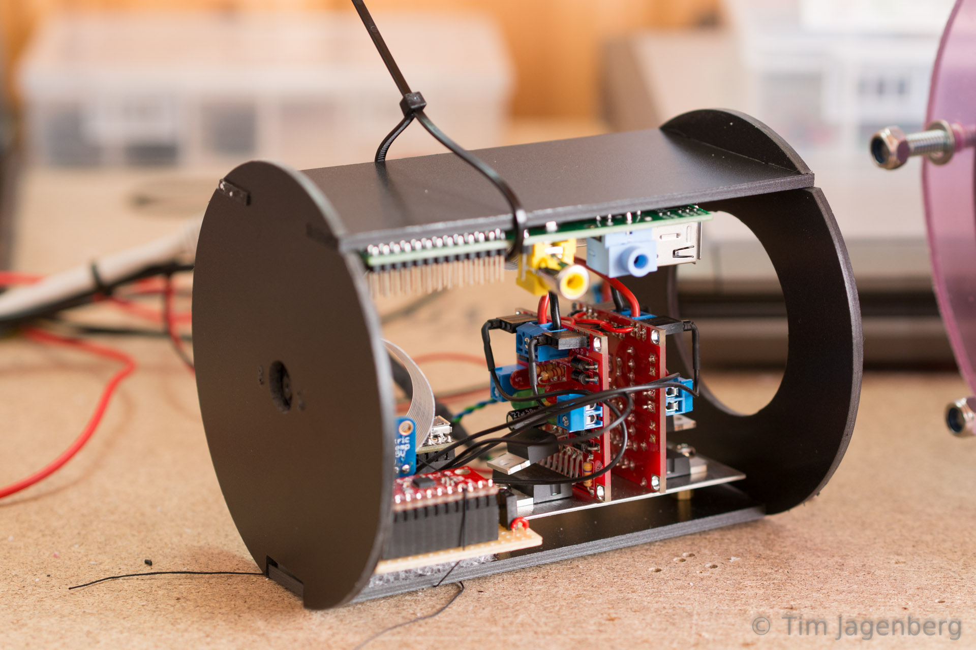 Submersible ROV for the Trondheim Maker Faire 2014 – tim jagenberg info